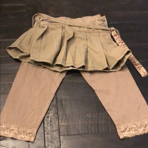 New with Tags- Girls skirt and leggings